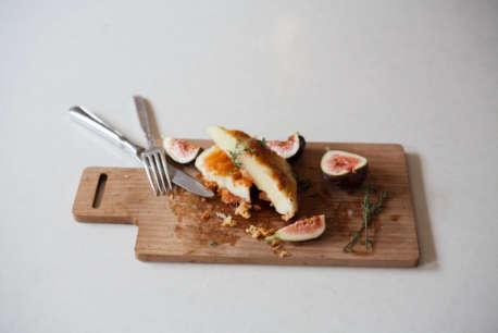 Artemis keflaotyri figs and honey